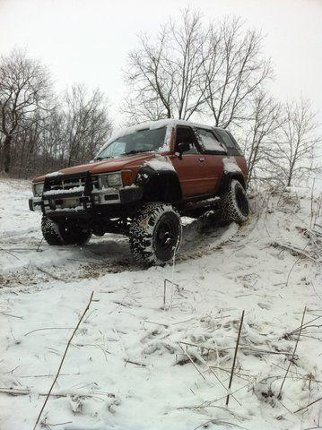 Testing the flex on my first solid axle toyota